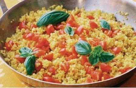 Insalata di bulgur allo zafferano con pomodorini di pachino