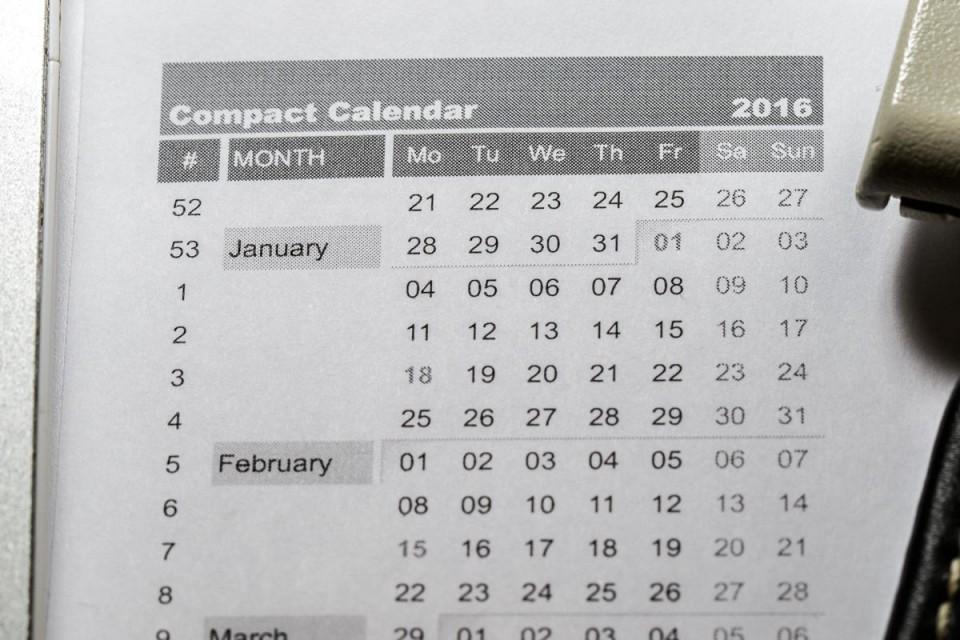 http://davidseah.com/2015/12/compact-calendar-2016-uploaded/